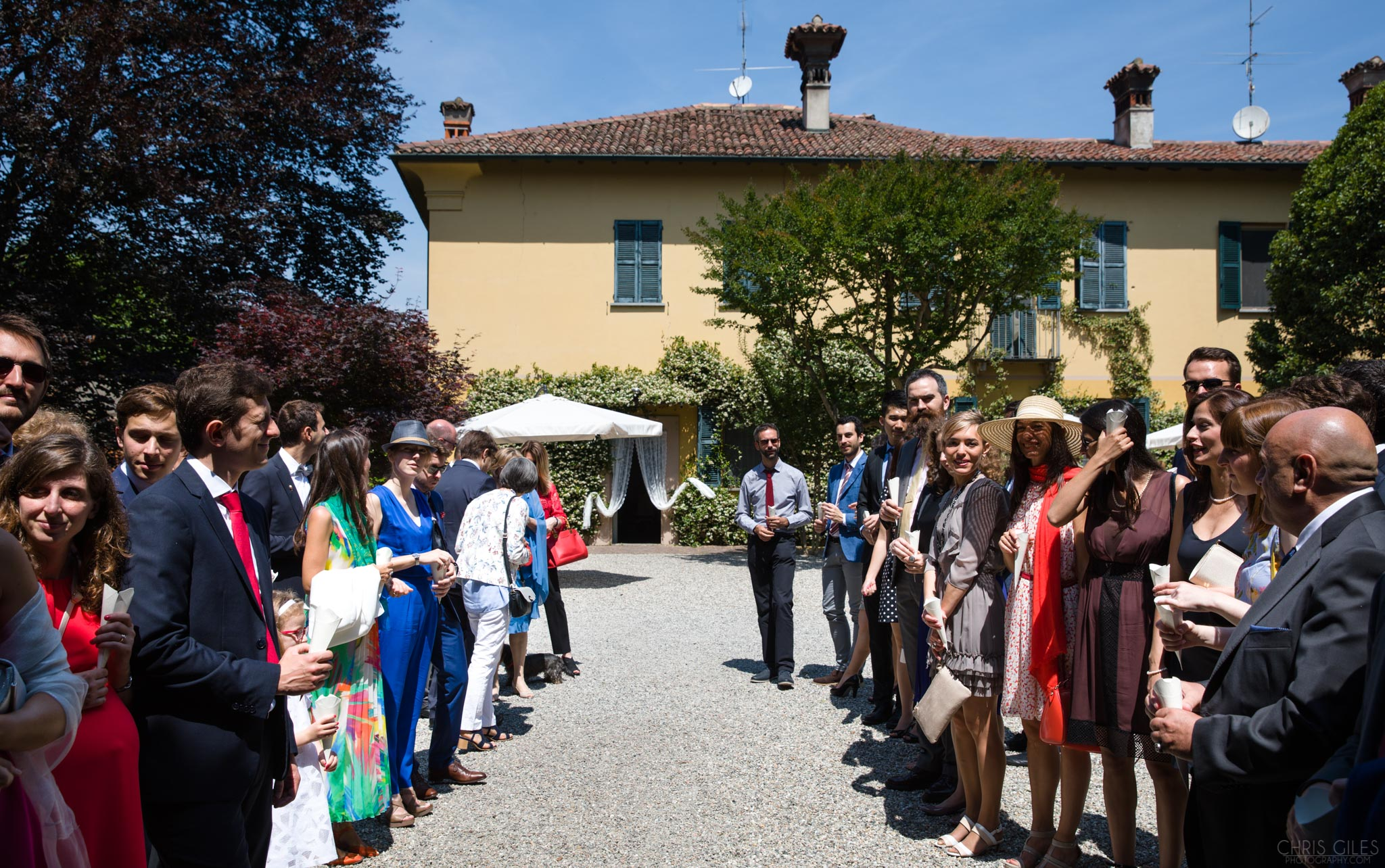 confetti line at the villa negri